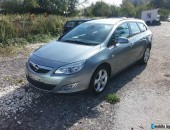 Opel Astra 1.6 EDITION 2011г