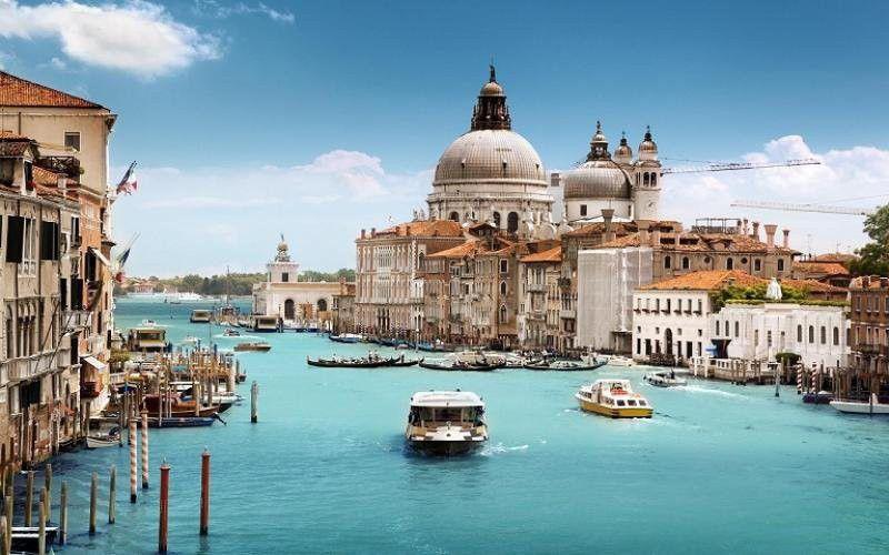 1. Снимка на Абитуриентски балове 2015 - Венеция - Верона Милано - Гардаленд