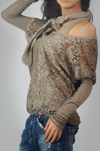 6. Снимка на Дамски дрехи на едро