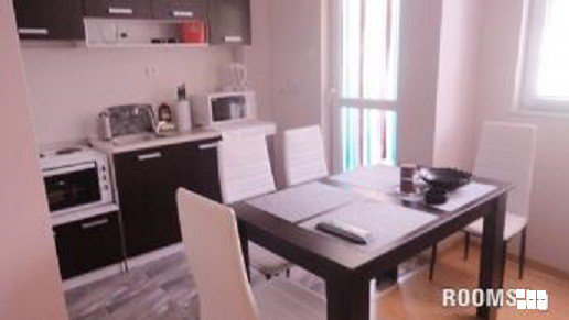 Нов луксозен апартамент за нощувки център Велико Търново