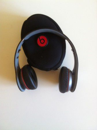 Продавам Beats Audio Beats by Dr. Dre Wireless Слушалки